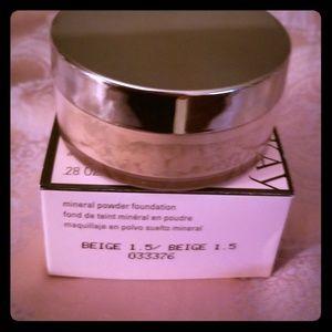 Mary Kay | Mineral Powder Foundation Beige 1.5